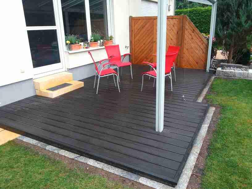terrassen und balkondecks aus wpc. Black Bedroom Furniture Sets. Home Design Ideas
